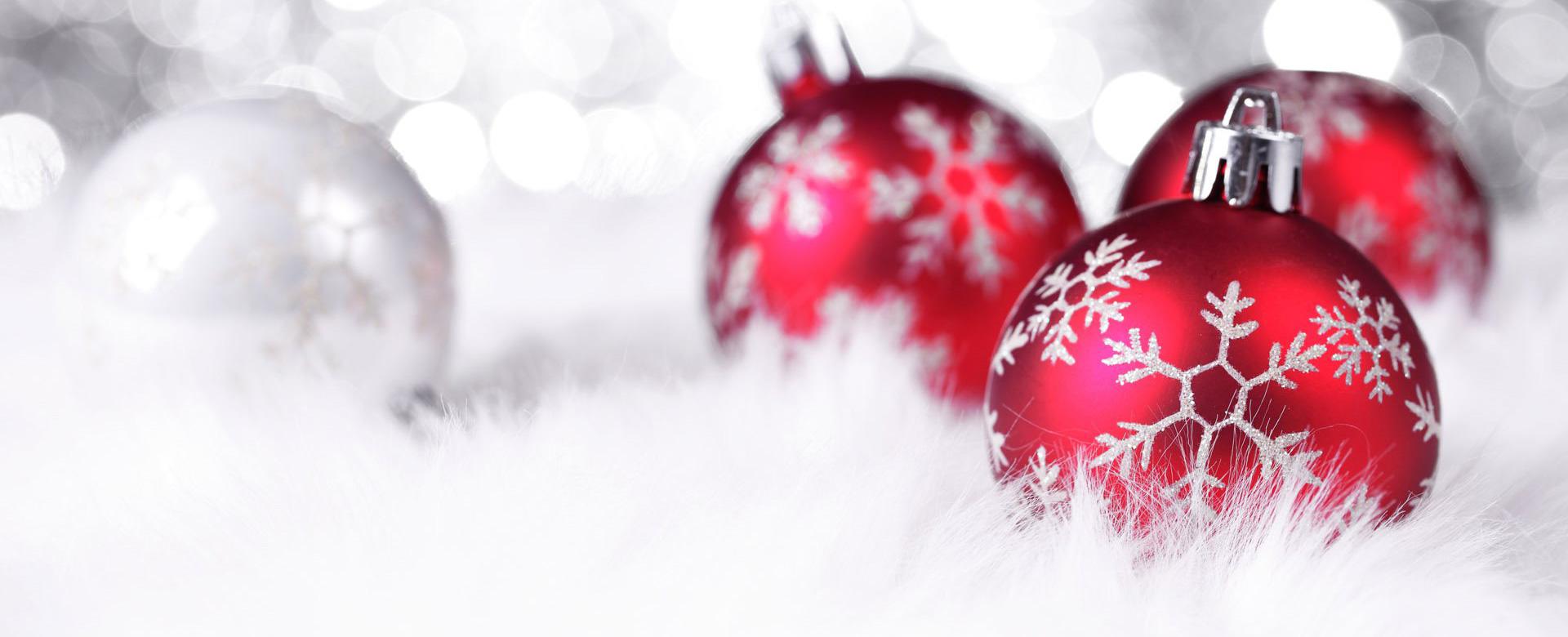 red_christmas_balls3
