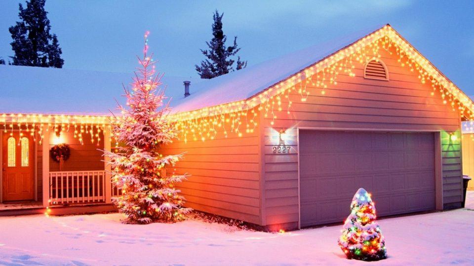 Decorazioni Natalizie Esterno Casa.Decorazioni Natalizie Da Esterno Aspettando Natale