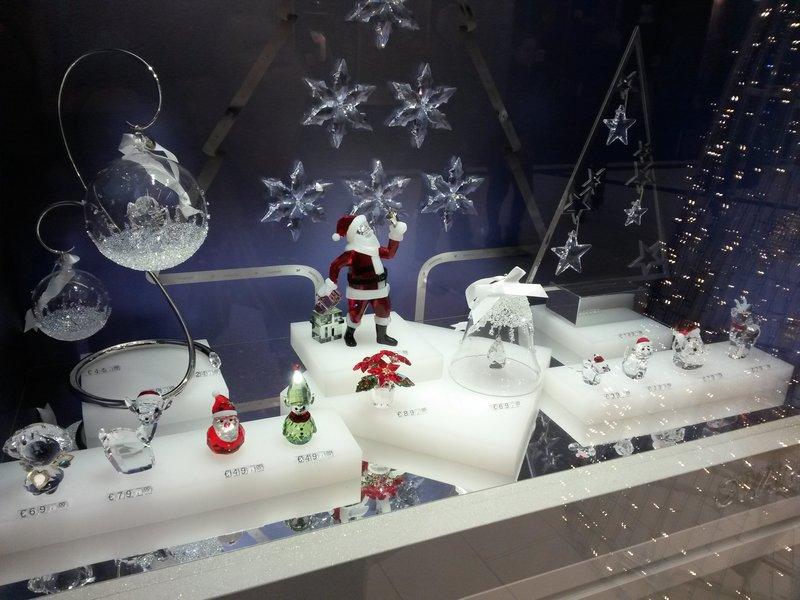Regali Di Natale Swarovski.La Top 5 Delle Decorazioni Swarovski Di Natale Aspettando Natale